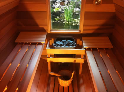 Sauna 2.7_Barrel_inside2_pond_blog